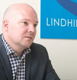 lindhill-contact-2